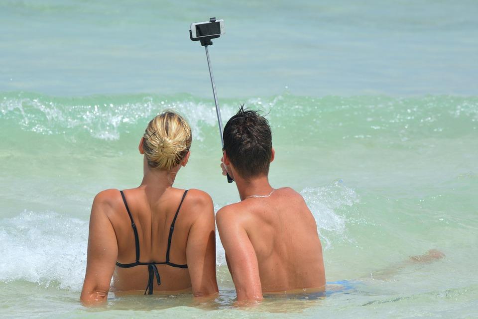 Ways to make your selfie better - Doorsanchar