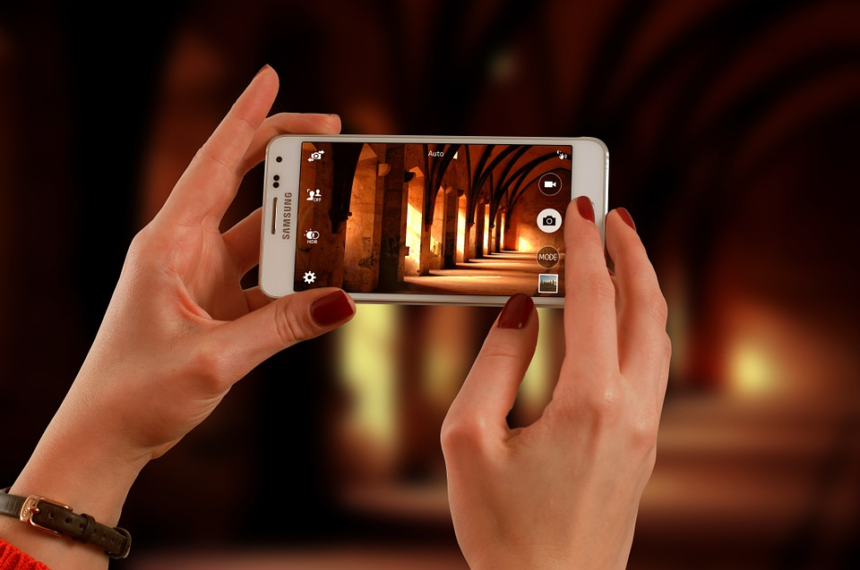 Tips to excel at smartphone photography - Doorsanchar